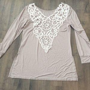 Tops - Lace deep V backless shirt